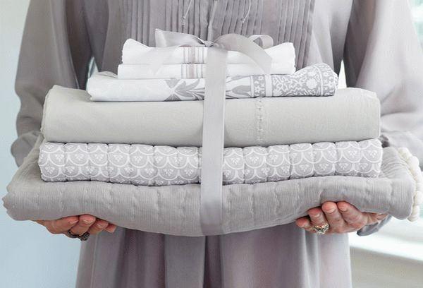 Можно ли вернуть постельное белье обратно в магазин: условия и порядок возврата